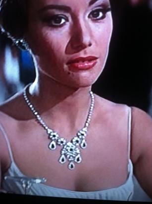 statement necklace 1965