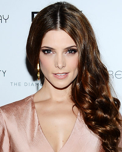 100812--hair-ashley-greene-400