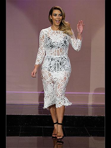 311013-kim-kardashian-white-lace-dress-BK84Ih-lgn