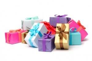 Newlywed-Holiday-Gifts